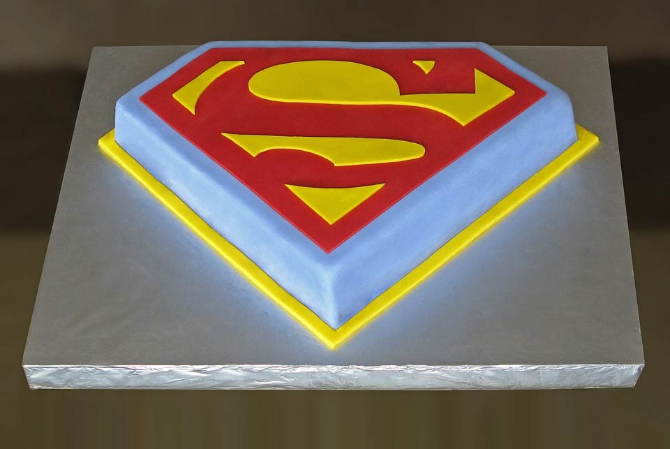 superman Birthday Cakes Picture for boys