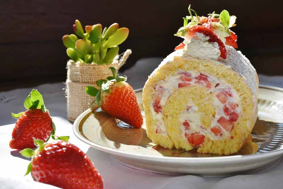happy birthday strawberry roll cakes pic